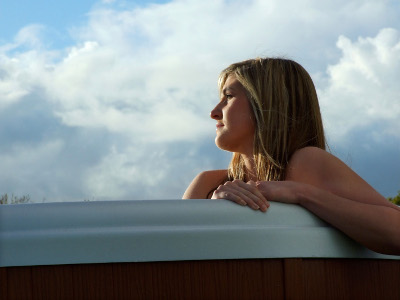 Buy Encore Premium - 6 Person Hot Tub