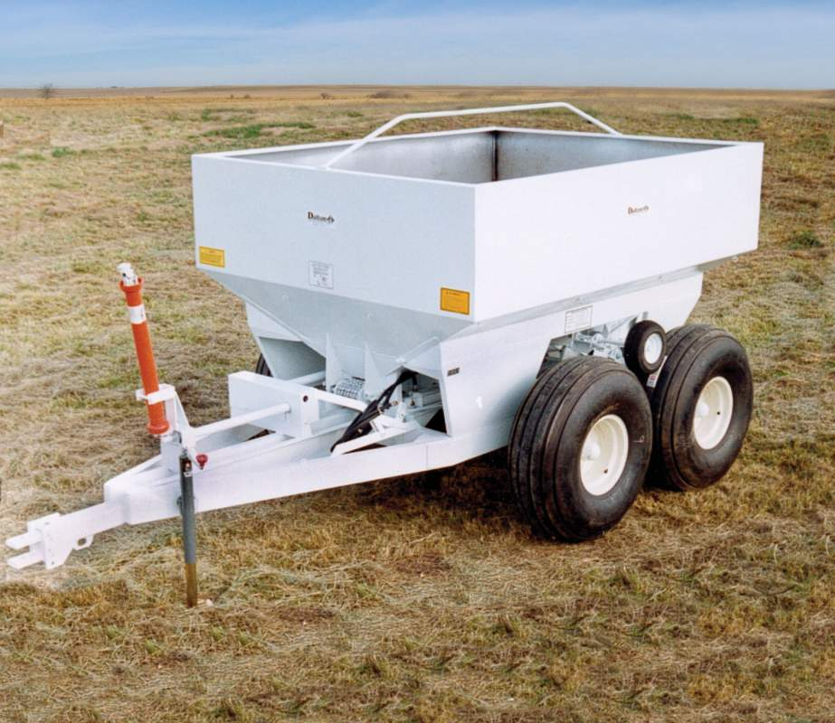 Dalton ag dry fertilizer spreader