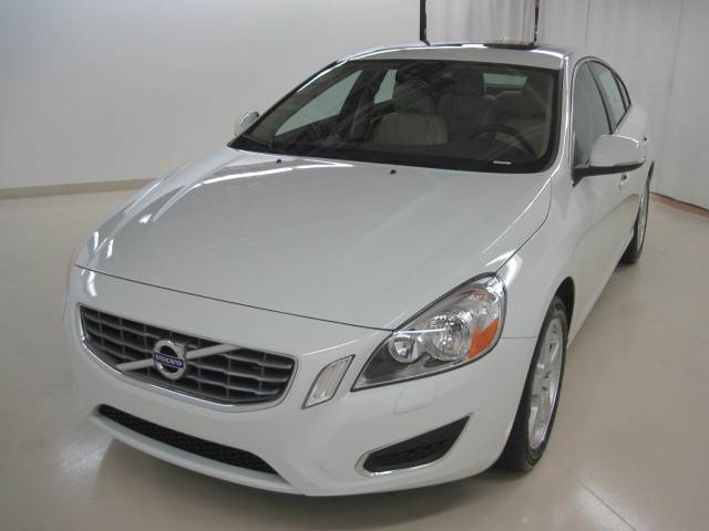 2013 Volvo S60 T5 Car