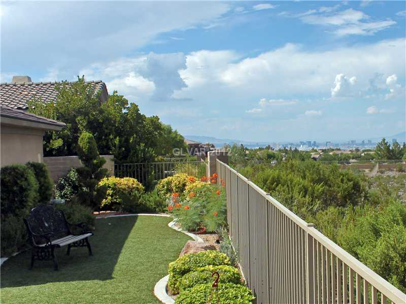 Buy 10 BRAYS ISLAND DR, Henderson 89052