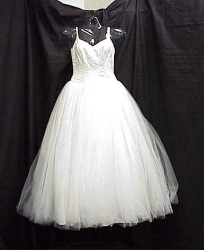 Buy Wedding Dress 5-049 Size 8