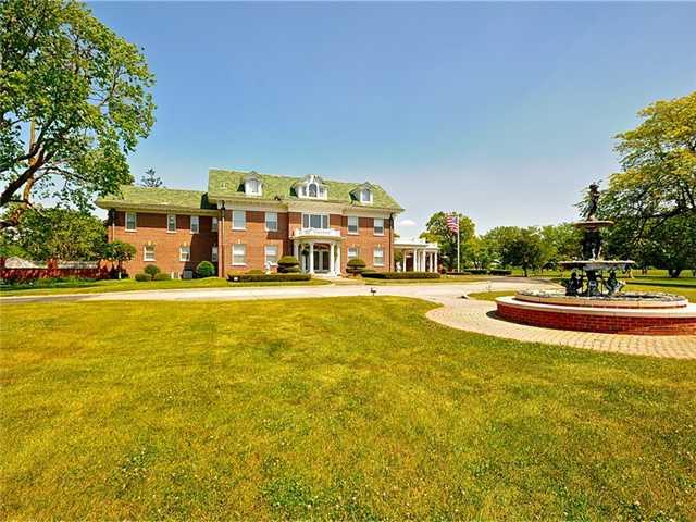 Buy Carriage Manor Estate