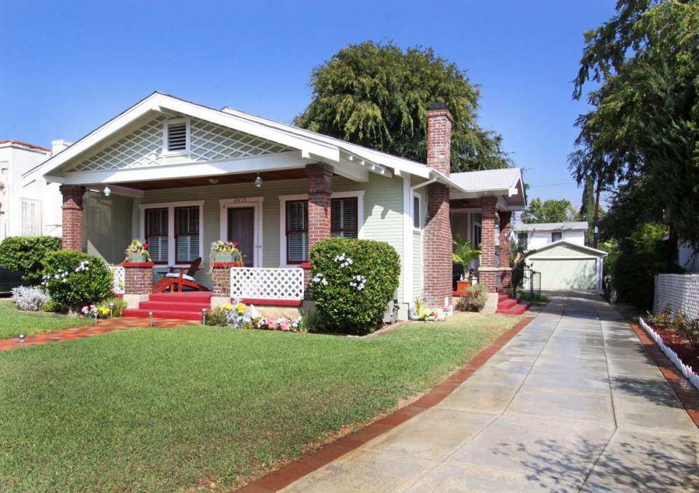 Buy Beautiful 2 Craftsman Bungalows