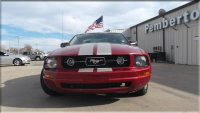 Buy 2007 Ford Mustang 2dr Cpe Deluxe Car