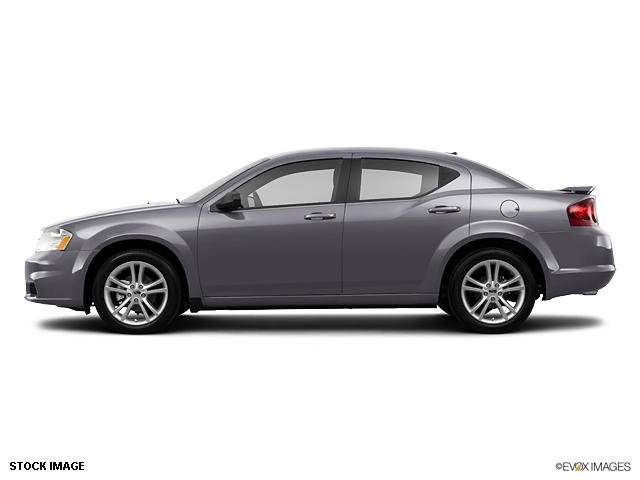 Buy Dodge Avenger SE Sedan Car