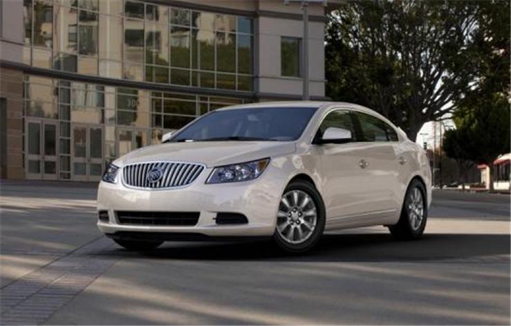 Buy Buick LaCrosse FWD Base Car