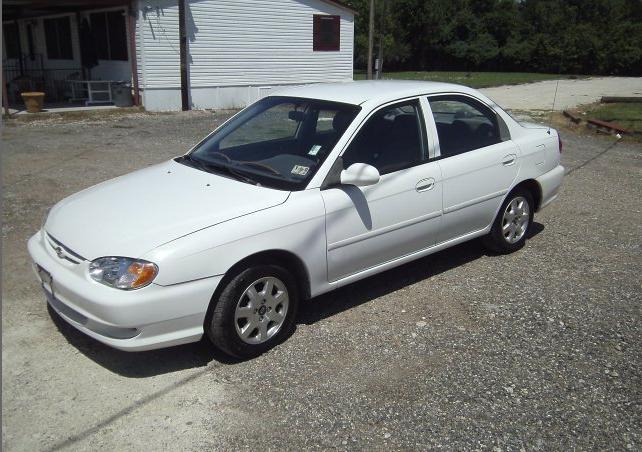 Buy 2000 Kia Sephia Car