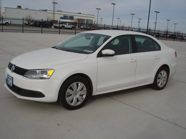 Buy 2012 Volkswagen Jetta SE Car