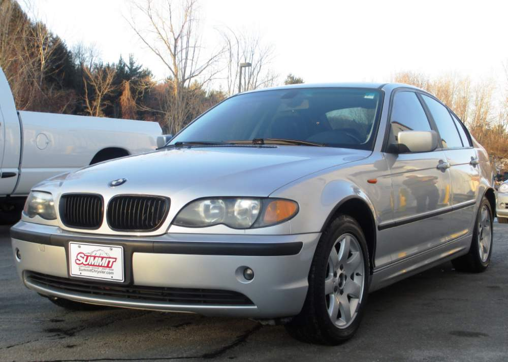 Buy 2003 BMW 3-Series 325i Sedan Car