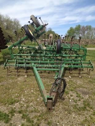 Buy John Deere 940 Field Cultivator For Sale