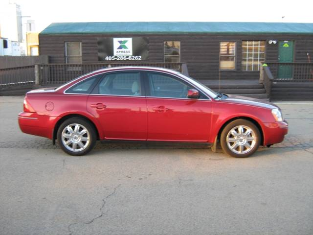 Buy 2007 Ford Five Hundred SEL Car