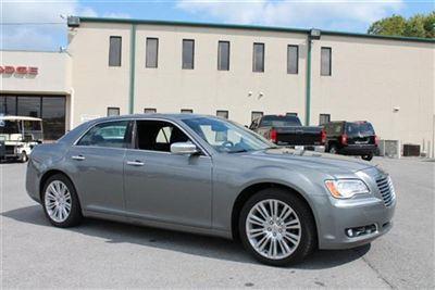 Buy Chrysler 300C 4dr Sdn V8 Luxury Series RWD Car