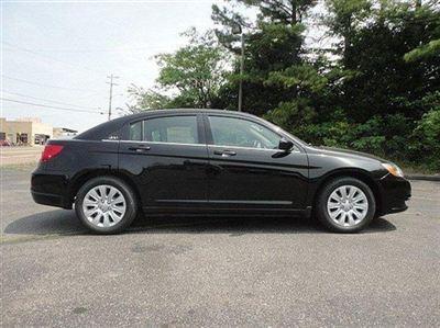 Buy Chrysler 200 4dr Sdn LX Car