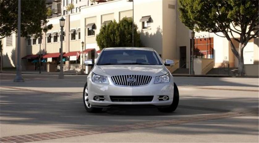 Buy Buick LaCrosse FWD Premium 2 Car