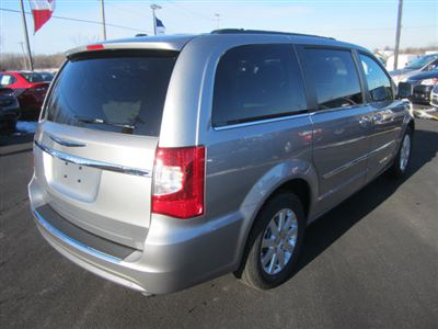 Buy Chrysler Town & Country 4dr Wgn Touring Van