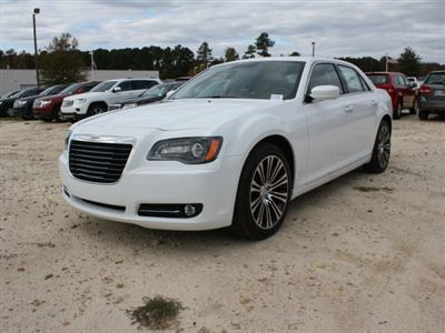Chrysler 300 4dr Sdn 300S RWD Car