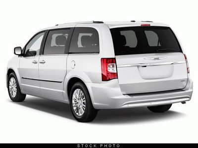 Buy Chrysler Town & Country 4dr Wgn Touring-L Car