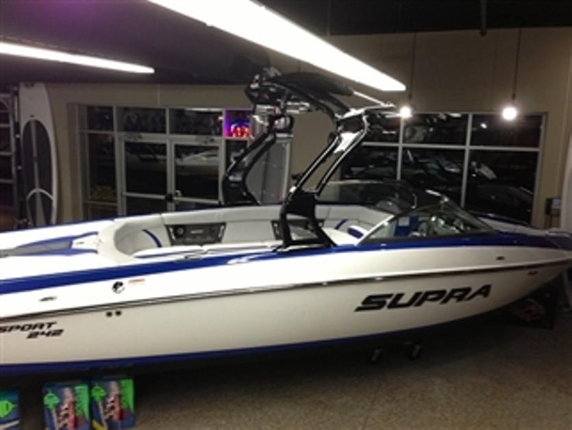 2013 Supra Sunsport 242 boat buy in Victoria
