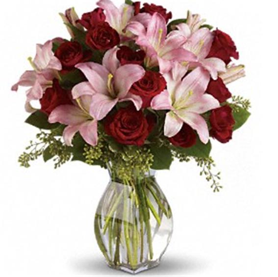 Buy Lavish Love Bouquet