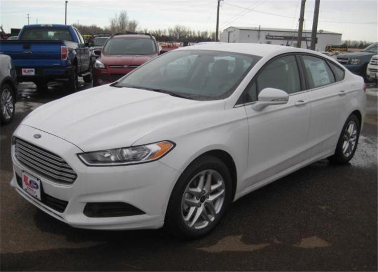 Buy 2013 Ford Fusion SE Car