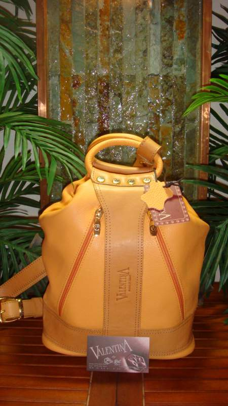 Style 901 Orange Handbag