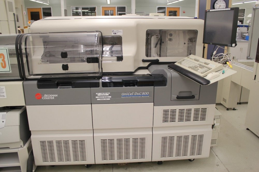 Buy Beckman coulter DXC 800 Chemistry Analyzer