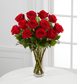 Buy The FTD® Red Rose Bouquet S14-4305