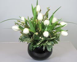 Buy Black & White Bouquet