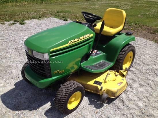 Buy Riding Mower JOHN DEERE GT235 2WD