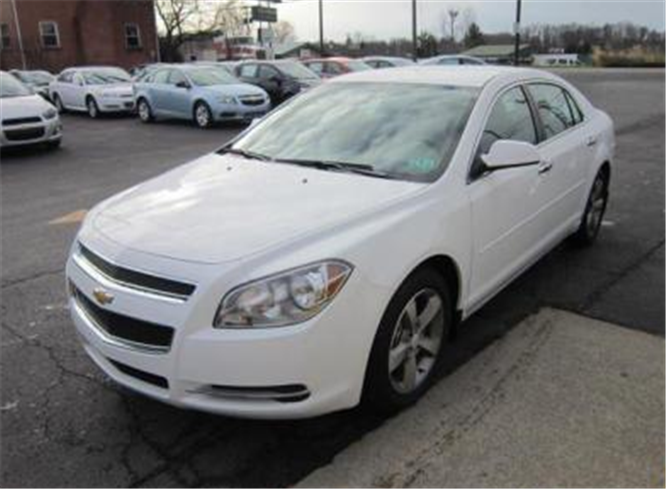 Vehicle Chevrolet Malibu 1LT 2012