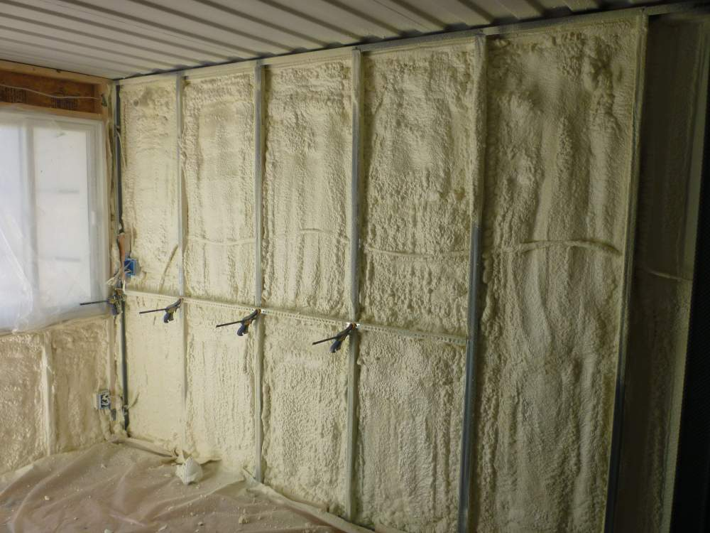 Buy PERMAX™ Spray Foam Insulation for Roofs