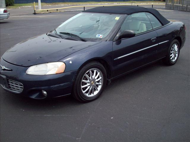 Buy Chrysler Sebring Limited Car