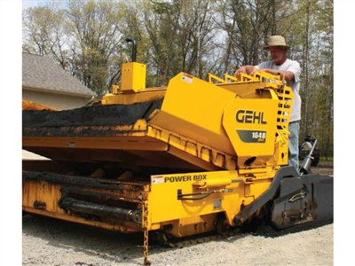 2012 Gehl 1648 Plus Asphalt Pavers buy in Cincinnati