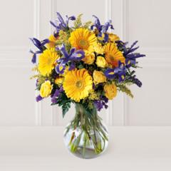 The FTD® Honor Roll™ Bouquet D7-3756