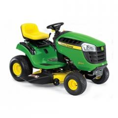 John Deere D100 Lawn Tractor