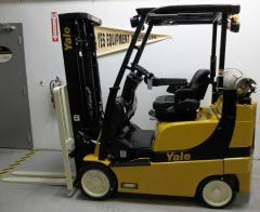 Yale Veracitor GLC040SVX Narrow Aisle Riding