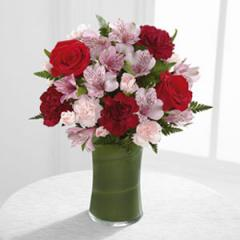 The FTD® Love In Bloom™ Bouquet C11-4926