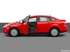 Ford Focus SE Sedan Car