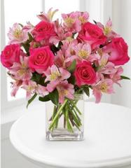 Dreamland Pink Bouquet With Vase F807