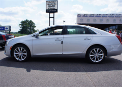 2013 Cadillac XTS 3.6L V6 FWD Luxury Vehicle
