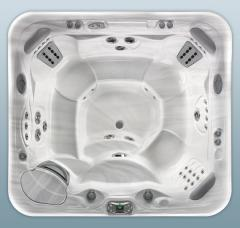 Grandee® - 7 Person Hot Tub