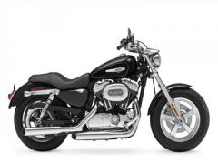 H-D® XL1200C Sportster® 1200 Custom Motorcycle