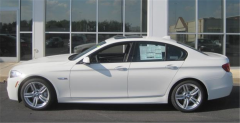 2013 BMW 550i xDrive Sedan Vehicle