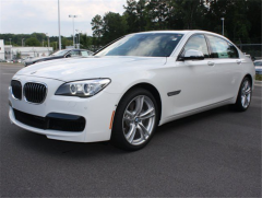 2013 BMW 740Li Vehicle
