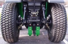 Titan R3 Turf Tire