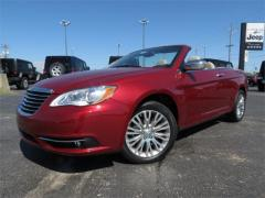 2013 Chrysler 200 Limited Car