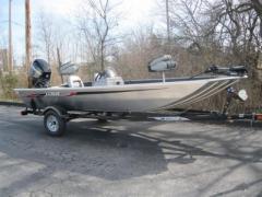 2012 Stryker 17 Boat
