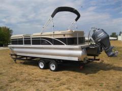 2013 Bennington 24SLX Boat