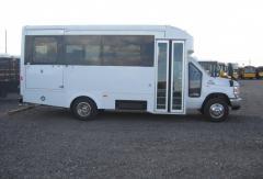 2012 Glaval Universal Bus
