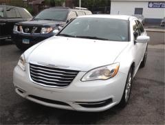 2011 Chrysler 200 LX Vehicle